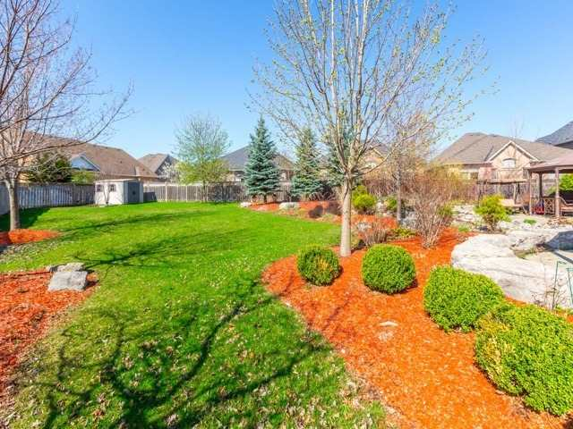 Detached at 38 Lynnvalley Cres, Brampton, Ontario. Image 11