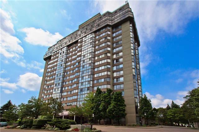 Condo Apartment at 880 Dundas St W, Unit Ph 7, Mississauga, Ontario. Image 1