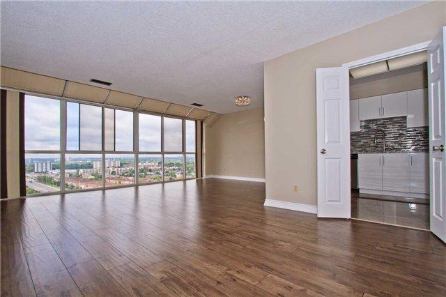 Condo Apartment at 880 Dundas St W, Unit Ph 7, Mississauga, Ontario. Image 14