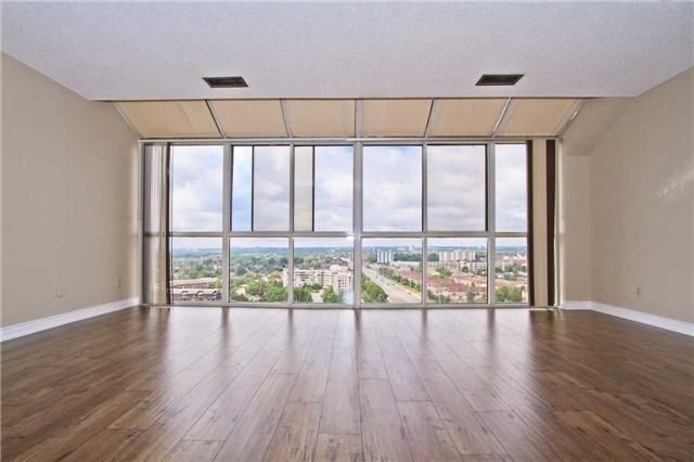 Condo Apartment at 880 Dundas St W, Unit Ph 7, Mississauga, Ontario. Image 17