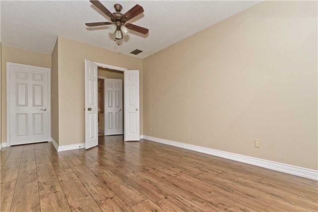 Condo Apartment at 880 Dundas St W, Unit Ph 7, Mississauga, Ontario. Image 6