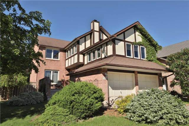 Detached at 181 Ryerson Rd, Oakville, Ontario. Image 1