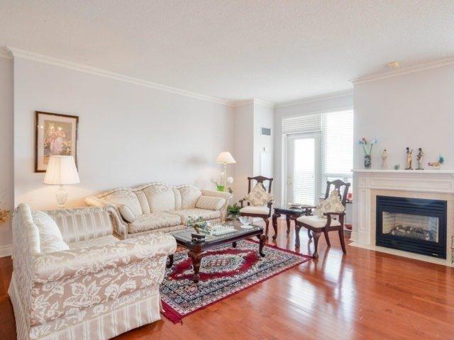 Condo Apartment at 25 Kingsbridge Garden Circ, Unit 2608, Mississauga, Ontario. Image 1