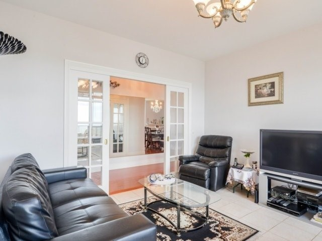 Condo Apartment at 25 Kingsbridge Garden Circ, Unit 2608, Mississauga, Ontario. Image 16