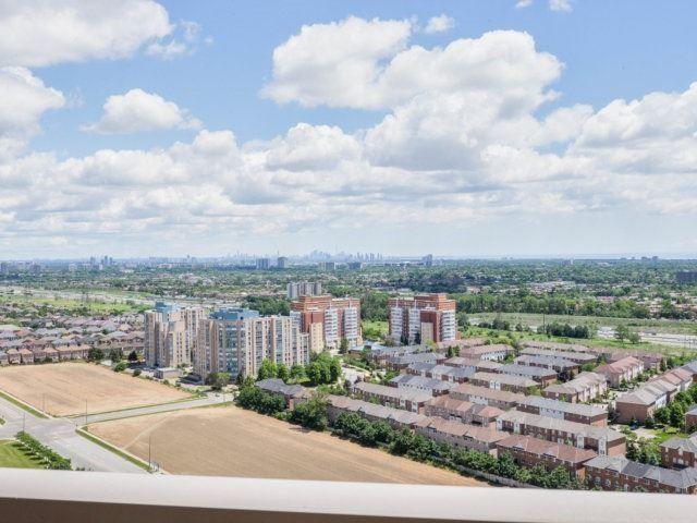 Condo Apartment at 25 Kingsbridge Garden Circ, Unit 2608, Mississauga, Ontario. Image 7