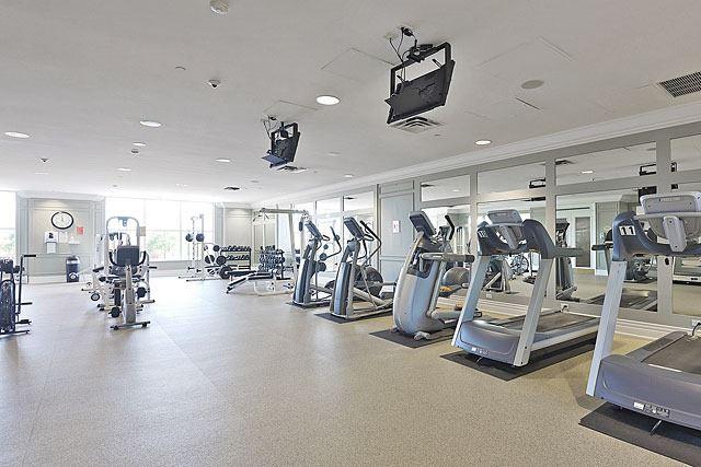 Condo Apartment at 25 Kingsbridge Garden Circ, Unit 2608, Mississauga, Ontario. Image 11