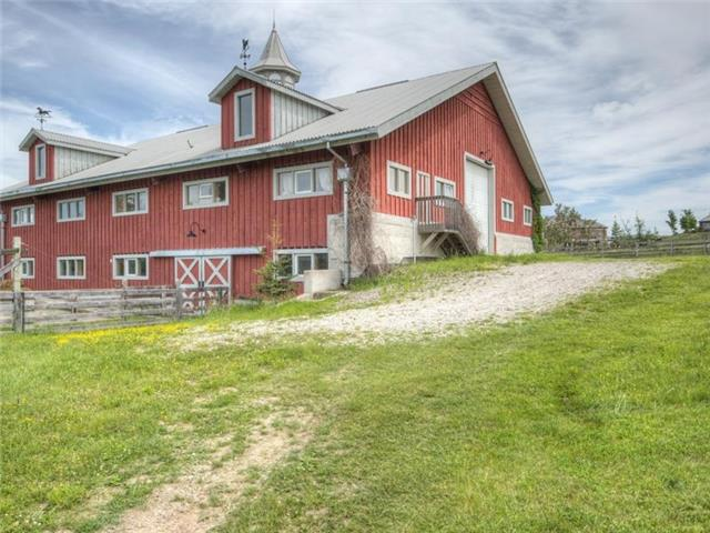 Detached at 16180 The Gore Rd, Caledon, Ontario. Image 9