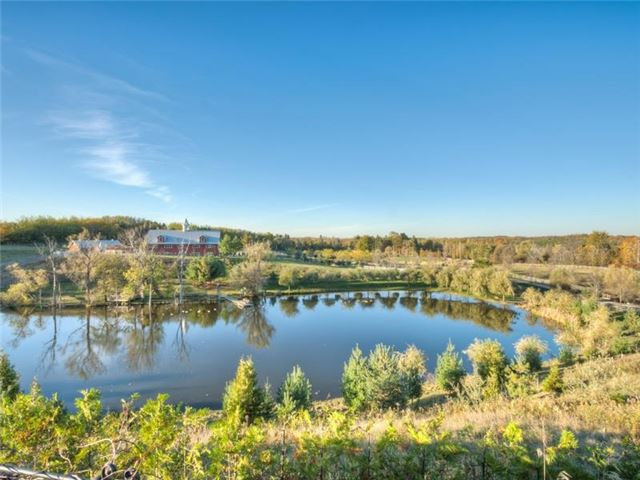 Detached at 16180 The Gore Rd, Caledon, Ontario. Image 11