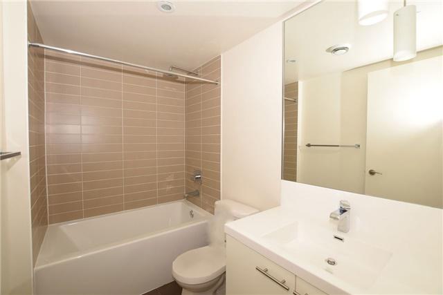 Condo Apartment at 5 Valhalla Inn Rd, Unit 2402, Toronto, Ontario. Image 2