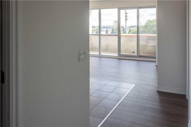 Condo Apartment at 5001 Corporate Dr, Unit 409, Burlington, Ontario. Image 12