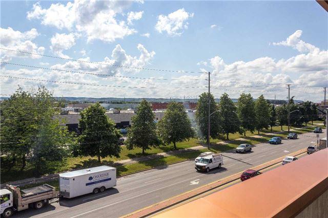 Condo Apartment at 5001 Corporate Dr, Unit 409, Burlington, Ontario. Image 3