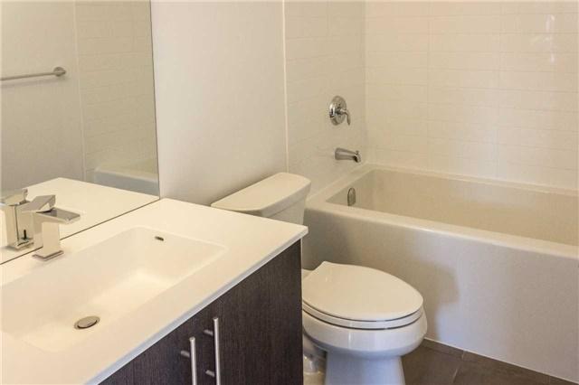 Condo Apartment at 5001 Corporate Dr, Unit 409, Burlington, Ontario. Image 9