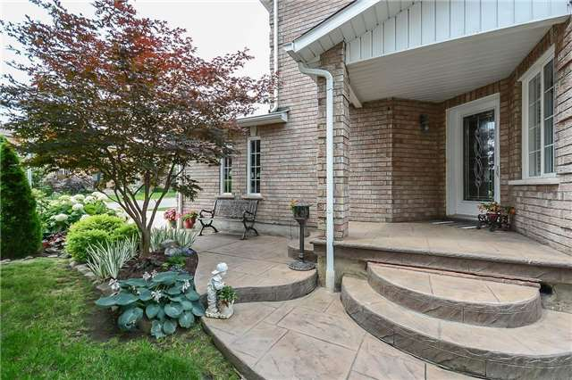 Detached at 59 Shady Glen Cres, Caledon, Ontario. Image 12