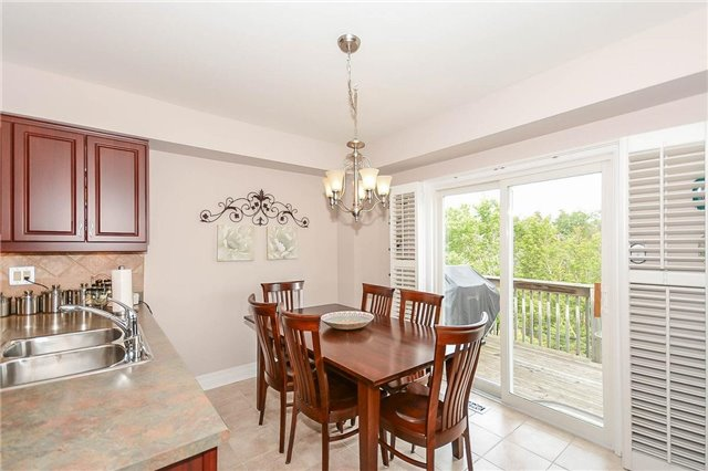 Detached at 59 Shady Glen Cres, Caledon, Ontario. Image 18
