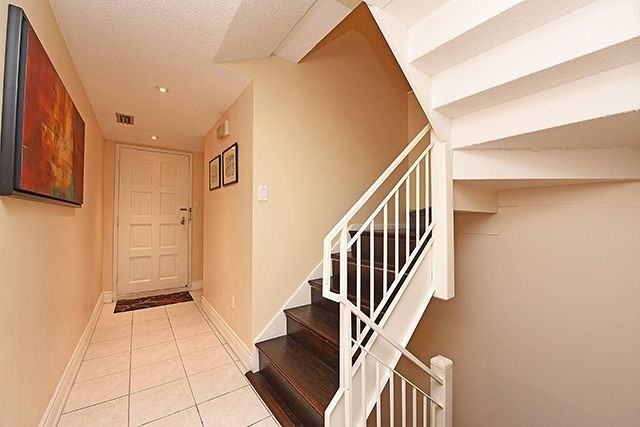 Condo Townhouse at 1250 Mississauga Valley Blvd, Unit 57, Mississauga, Ontario. Image 12