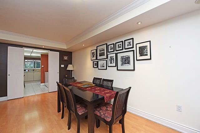 Condo Townhouse at 1250 Mississauga Valley Blvd, Unit 57, Mississauga, Ontario. Image 17