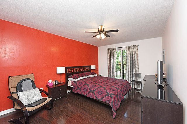 Condo Townhouse at 1250 Mississauga Valley Blvd, Unit 57, Mississauga, Ontario. Image 5