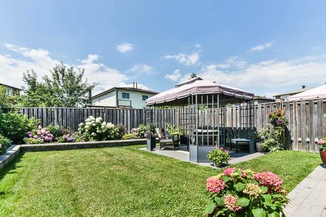 Detached at 4012 Chicory Crt, Mississauga, Ontario. Image 11