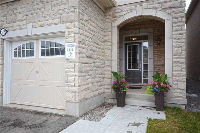 Detached at 373 Etheridge Ave, Milton, Ontario. Image 12
