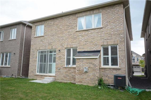 Detached at 373 Etheridge Ave, Milton, Ontario. Image 9