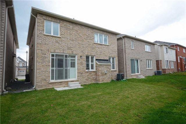 Detached at 373 Etheridge Ave, Milton, Ontario. Image 10