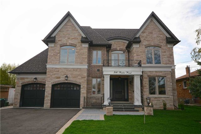 Detached at 316 Rudar Rd, Mississauga, Ontario. Image 1