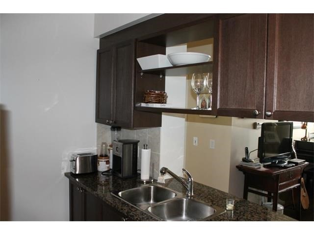 Condo Apartment at 2391 Central Park Dr, Unit 1205, Oakville, Ontario. Image 7