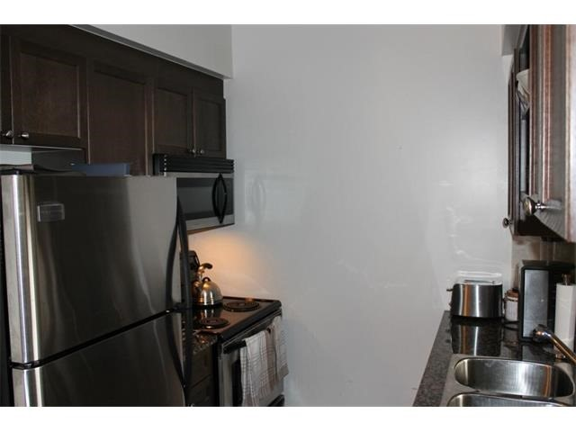 Condo Apartment at 2391 Central Park Dr, Unit 1205, Oakville, Ontario. Image 8