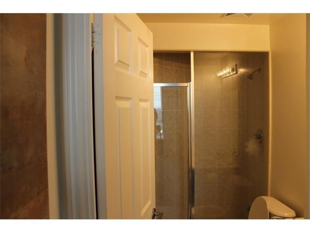 Condo Apartment at 2391 Central Park Dr, Unit 1205, Oakville, Ontario. Image 12