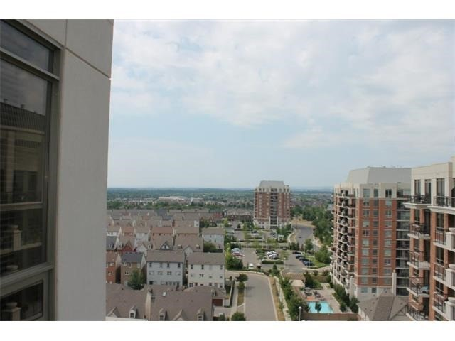 Condo Apartment at 2391 Central Park Dr, Unit 1205, Oakville, Ontario. Image 14