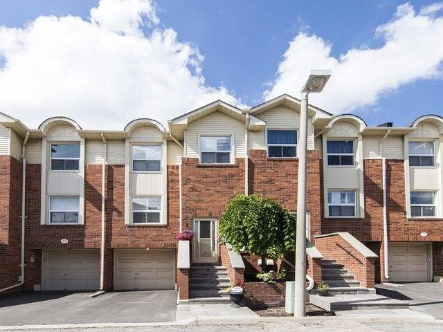 Condo Townhouse at 1550 Reeves Gate, Unit 13, Oakville, Ontario. Image 1