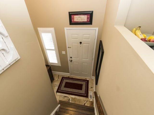 Condo Townhouse at 1550 Reeves Gate, Unit 13, Oakville, Ontario. Image 14