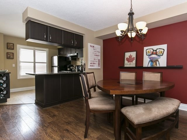 Condo Townhouse at 1550 Reeves Gate, Unit 13, Oakville, Ontario. Image 17