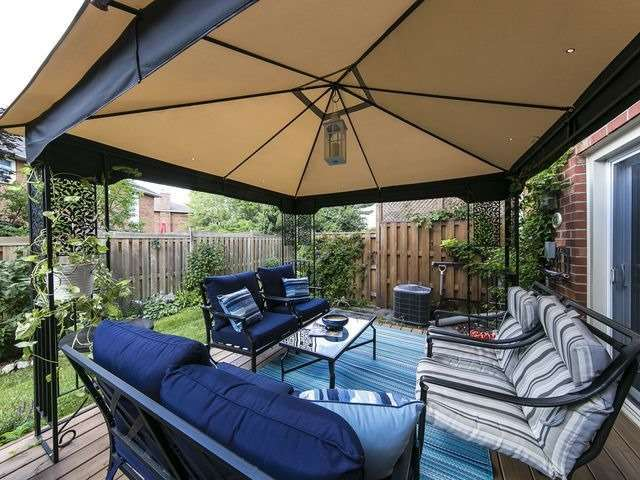 Condo Townhouse at 1550 Reeves Gate, Unit 13, Oakville, Ontario. Image 11