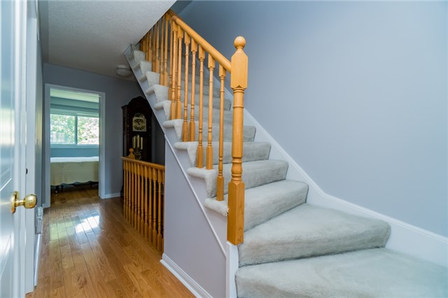 Condo Townhouse at 2088 Leanne Blvd, Unit 30, Mississauga, Ontario. Image 13