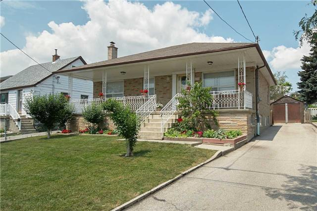 Detached at 36 Omagh Ave, Toronto, Ontario. Image 1