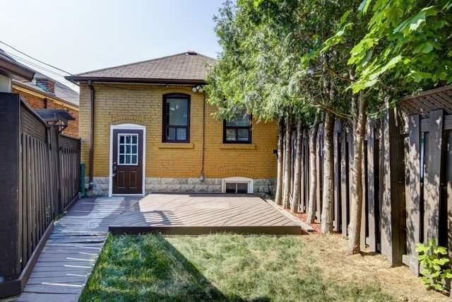 Detached at 183 Livingstone Ave W, Toronto, Ontario. Image 11