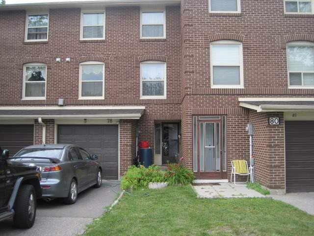 Condo Townhouse at 78 Edenborough Dr, Unit 32, Brampton, Ontario. Image 1