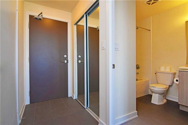 Condo With Common Elements at 4099 Brickstone Mews, Unit 1901, Mississauga, Ontario. Image 12