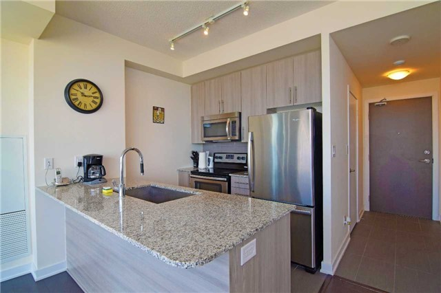 Condo With Common Elements at 4099 Brickstone Mews, Unit 1901, Mississauga, Ontario. Image 14