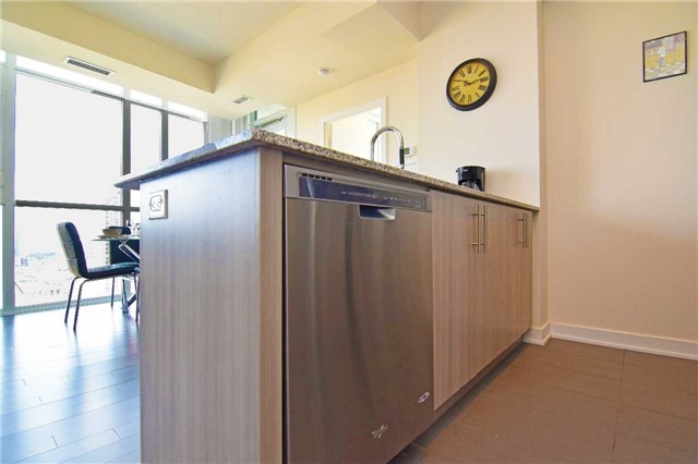 Condo With Common Elements at 4099 Brickstone Mews, Unit 1901, Mississauga, Ontario. Image 16