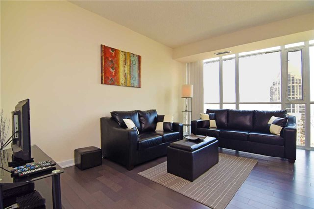 Condo With Common Elements at 4099 Brickstone Mews, Unit 1901, Mississauga, Ontario. Image 2