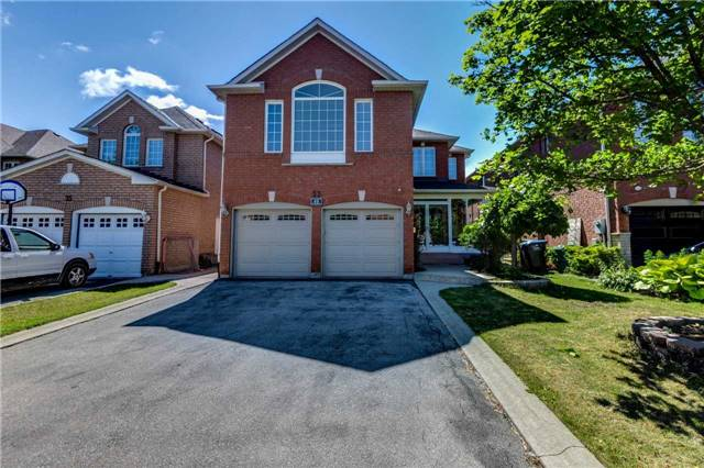 Detached at 33 Southbend Dr, Brampton, Ontario. Image 1