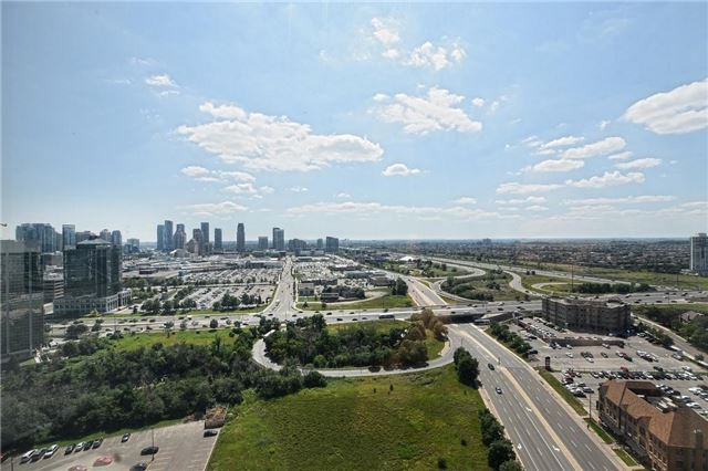 Condo Apartment at 4205 Shipp Dr, Unit 2703, Mississauga, Ontario. Image 19