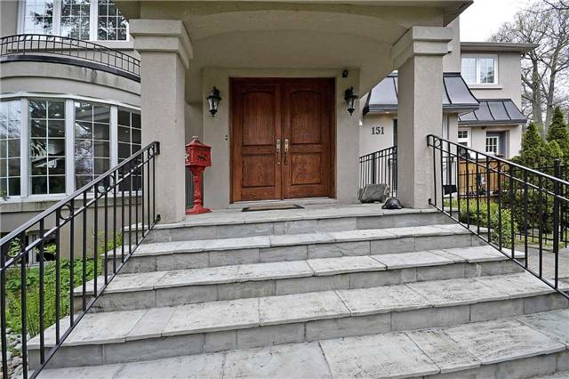 Detached at 151 Mineola Rd W, Mississauga, Ontario. Image 12