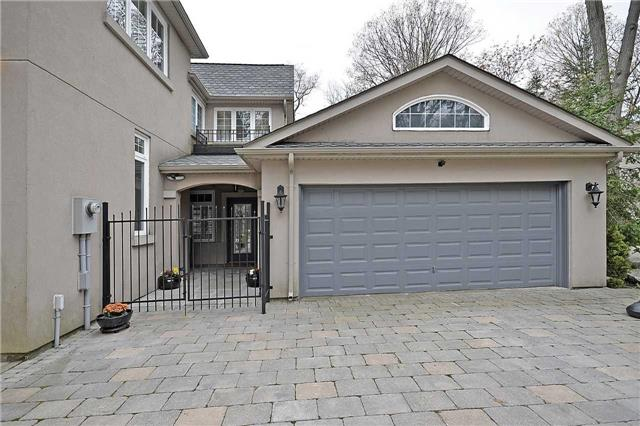 Detached at 151 Mineola Rd W, Mississauga, Ontario. Image 11
