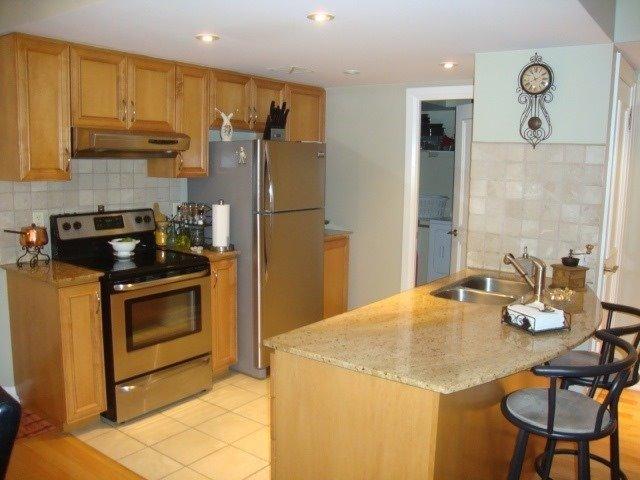 Condo Apartment at 2737 Keele St, Unit 302, Toronto, Ontario. Image 3