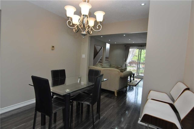 Condo Townhouse at 6780 Formentera Ave, Unit 15, Mississauga, Ontario. Image 9