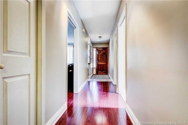 Detached at 24 Annabelle Dr, Toronto, Ontario. Image 2
