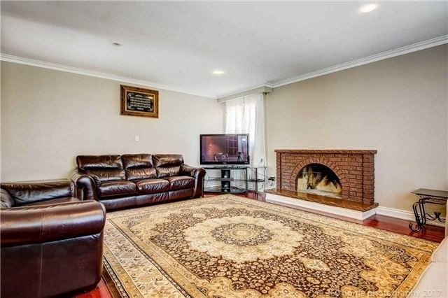Detached at 24 Annabelle Dr, Toronto, Ontario. Image 3